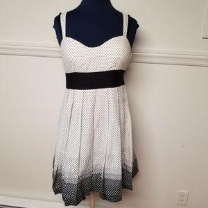 Forever 21 Sleeveless Polka Dot Dress